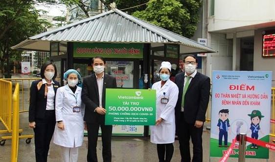 Vietcombank Bắc Giang ủng hộ 100 triệu đồng chống dịch Covid - 19