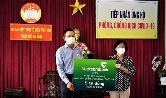 """Vietcombank Đà Nẵng: Đồng hành hỗ trợ doanh nghiệp, khách hàng trong trạng thái """"bình thường mới"""""""