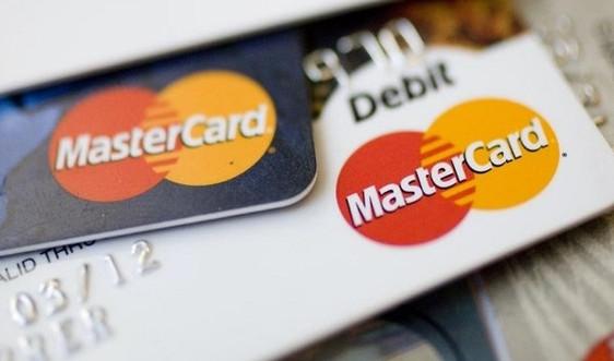 Mastercard tăng 5 lần phí trao đổi với thẻ tín dụng mua hàng từ EU
