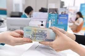 Ưu tiên thực hiện giao dịch và miễn phí chuyển tiền giải ngân khi trả lương ngừng việc, lương phục hồi sản xuất